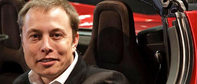 Elon Musk: Apple rõ ràng đang làm xe hơi
