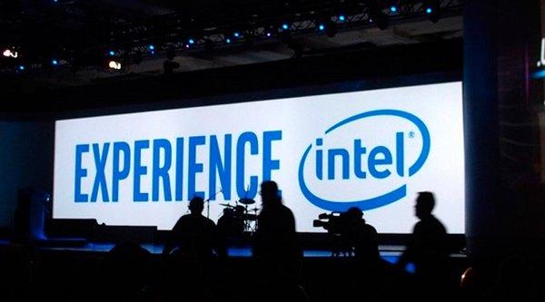 Intel lập kỷ lục doanh thu dù thị trường PC vẫn suy thoái