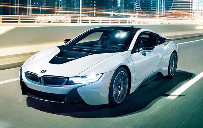 Green Car Report đưa tin, hãng xe điện có doanh số lớn nhất trong năm 2015 không phải là Tesla hay Nissan mà lại là một tên tuổi hoàn toàn xa lạ: BYD.