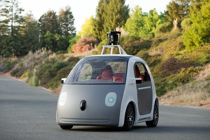 Don Butler, nhà lãnh đạo bộ phận Xe kết nối và Dịch vụ của Ford khẳng định cả Apple và Google đều sẽ thành công trên thị trường xe thông minh, BGR đưa tin.