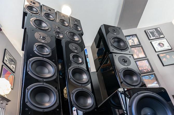 Khác với người thường, các audiophile sẵn sàng đầu tư rất nhiều thời gian và tiền bạc vào trải nghiệm âm thanh của họ. Cũng vì vậy mà họ thường bị hiểu lầm.