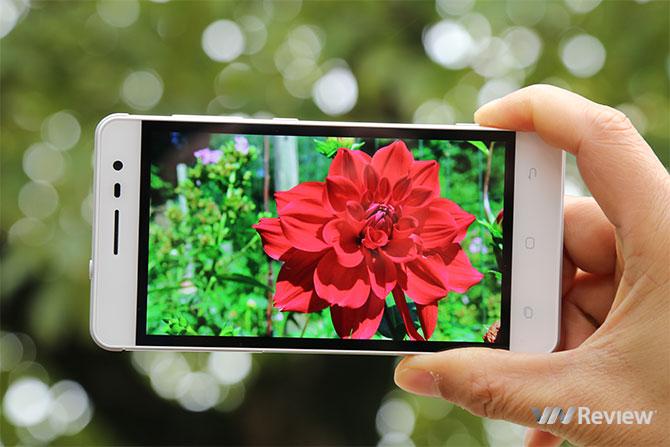 Video trên tay Pantech V950 sắp bán chính thức tại Việt Nam