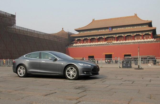 Tại nền kinh tế lớn thứ hai thế giới, những chiếc xe điện vốn được coi là thân thiện với môi trường lại trở thành một mối đe dọa lớn hơn cả xe chạy xăng truyền thống.