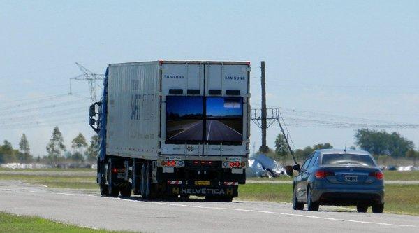 Samsung thử nghiệm xe tải 'an toàn' ở Argentina