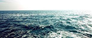 Công nghệ sạc pin biến nước biển thành nước ngọt