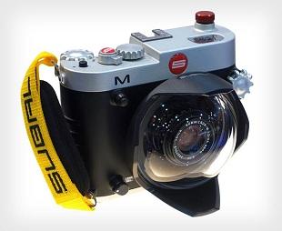 """Bộ """"đồ lặn"""" cho máy ảnh Leica trị giá 6.100 USD"""