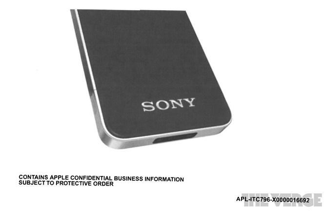 """Đã có thời Sony mới là biểu tượng của thế giới công nghệ, đến mức mà Apple đã phải """"học hỏi"""" từ công ty Nhật Bản để thiết kế ra chiếc iPhone."""