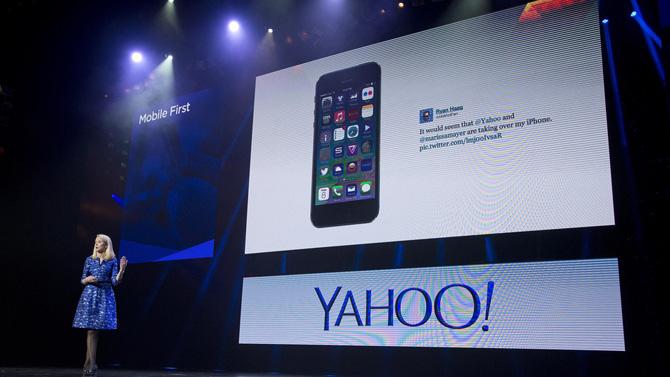 Nữ CEO xinh đẹp Marissa Mayer đã xác định rất đúng rằng Yahoo phải chuyển trọng tâm sang di động, thế nhưng hành trình để trở thành một công ty di động của Yahoo thì lại gồm toàn những bước đi sai lầm.