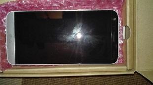 LG G5 bị rao bán tại Dubai giá 680 USD, rõ ảnh thực tế