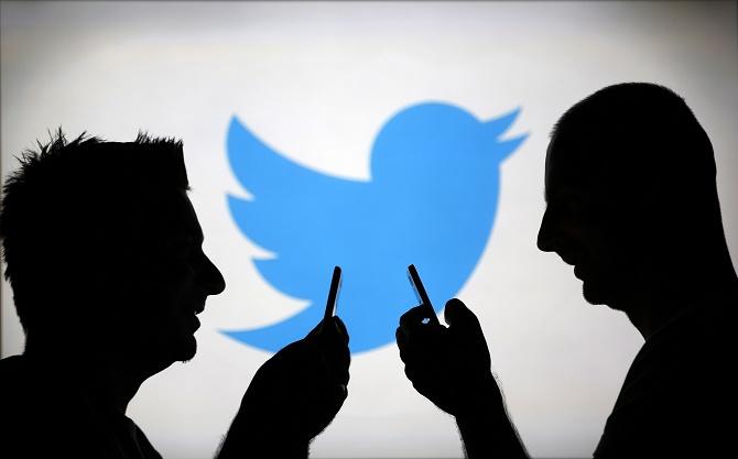 Twitter để lộ số điện thoại, email của 10.000 người dùng