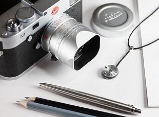Leica lấn sân lĩnh vực thời trang với phụ kiện giá... xa xỉ
