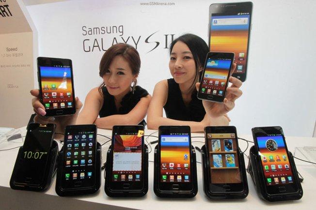 Tòa án lệnh CEO Apple, Samsung gặp mặt đối mặt