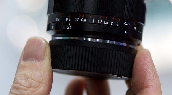 Voigtlander công bố ống kính Full-Frame với góc chụp rộng nhất thế giới