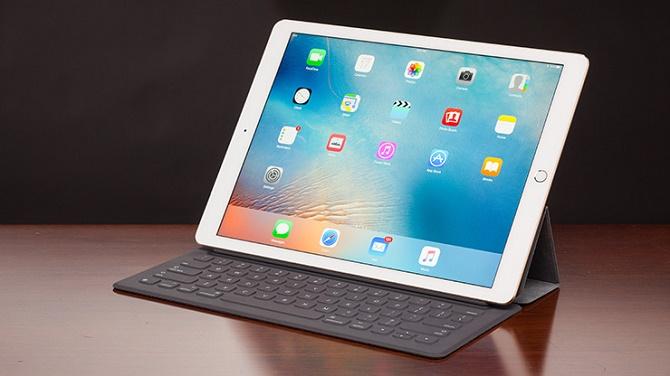 Phiên bản iPad 9.7 inch mới nhất sẽ có vi xử lý A9X mạnh mẽ cũng như khả năng hỗ trợ bút Pencil và bàn phím Smart Keyboard.