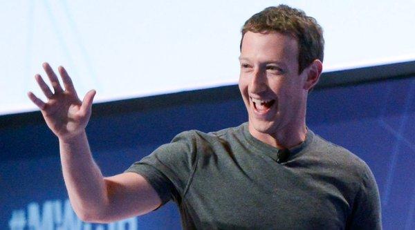 Mark Zuckerberg vượt Tim Cook, thành CEO công nghệ nổi tiếng nhất thế giới