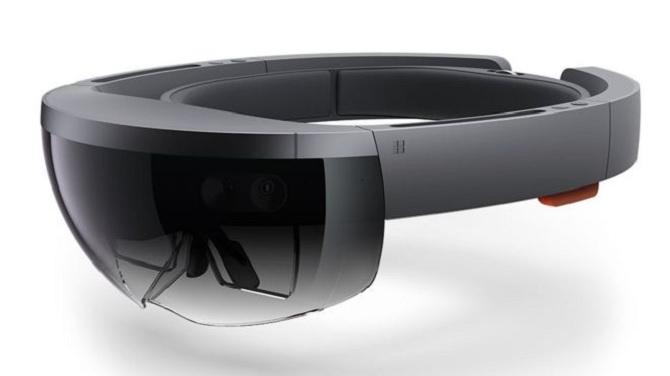 Kính Microsoft HoloLens có giá 3000 USD, pin dùng được 2 - 3 giờ