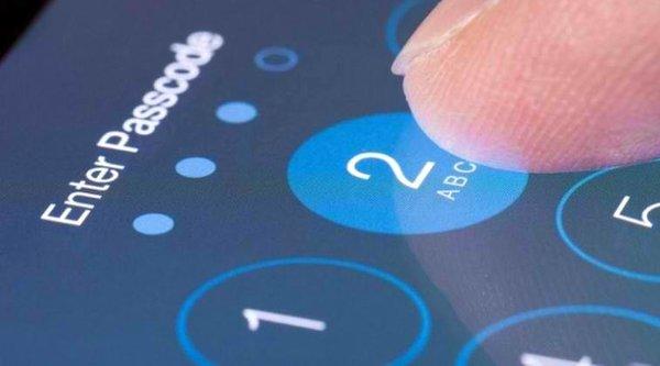 Pháp muốn phạt Apple 1 triệu Euro cho mỗi chiếc iPhone từ chối mở khoá