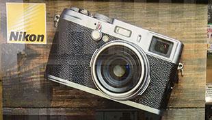 Nikon quảng cáo chất lượng ống kính bằng máy ảnh… Fujifilm