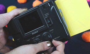 Máy ảnh năm 1999 lưu ảnh như thế nào?