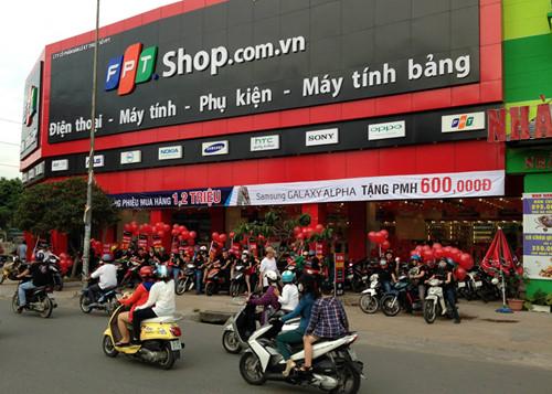 Thực hư chuyện FPT tính bán chuỗi hệ thống bán lẻ FPT Shop