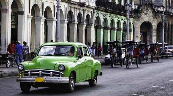 Bỏ cấm vận Cuba, tổng thống Mỹ muốn đem Internet tới quốc gia này