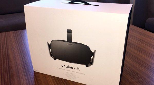 Kính Oculus Rift bắt đầu được giao hàng, giá 600 USD