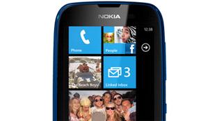 Lumia 610 bán vào tháng Năm, giá 5 triệu đồng