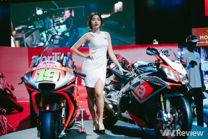 Ngắm dàn người mẫu tại Vietnam Motorcycle Show 2016
