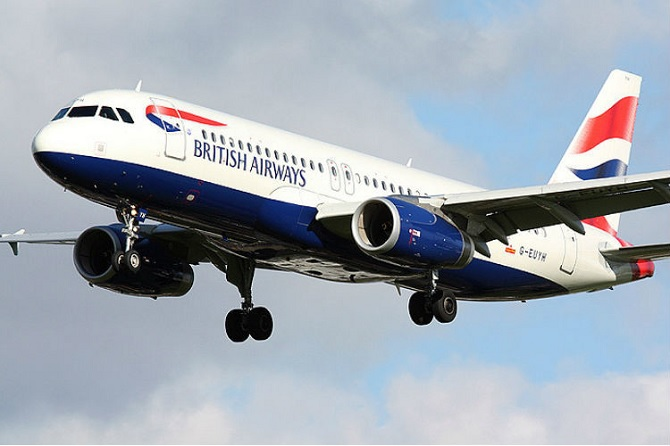 Máy bay của British Airways va chạm với Drone khi hạ cánh