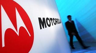 Motorola xin lỗi vì chậm bảo hành thiết bị