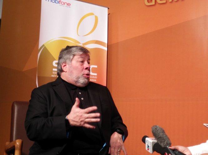 Đồng sáng lập Steve Wozniak: Apple nên nộp nhiều thuế hơn