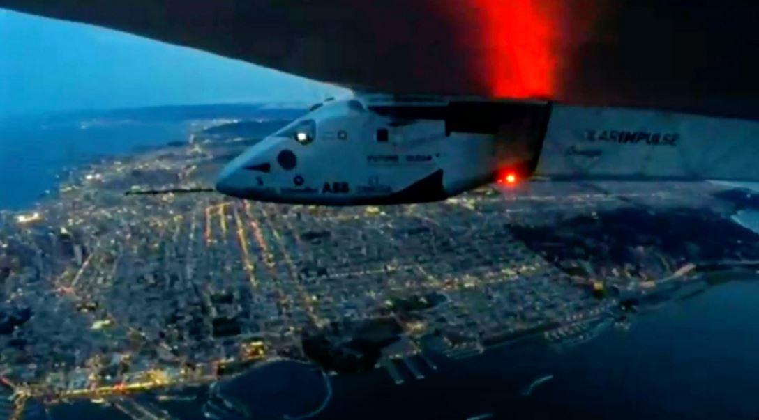 Solar Impulse 2 hoàn tất chuyến bay xuyên Thái Bình Dương