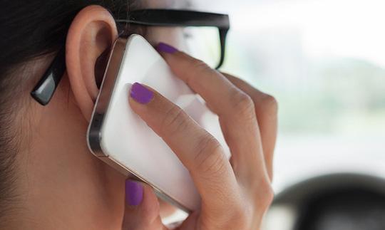 Smartphone là nguyên nhân hàng đầu gây mụn trứng cá