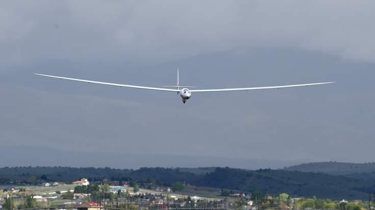 Tàu lượn bay cao 27,5 km so với mặt đất