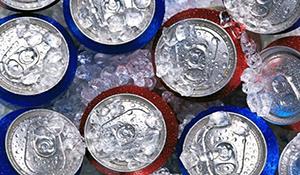"""Người Việt Nam uống hàng tỷ lít """"nước tẩy rửa"""" mỗi năm"""