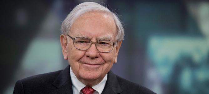 Warren Buffet mua 1 tỷ USD cổ phiếu từ Apple