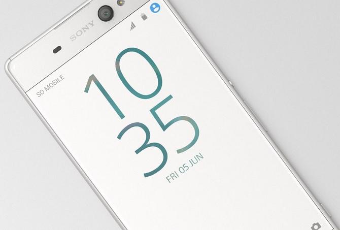 """Sony trình làng Xperia XA Ultra với camera """"tự sướng"""" 16 MP"""