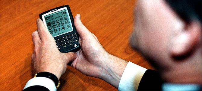 Apple sẽ còn thê thảm hơn BlackBerry!