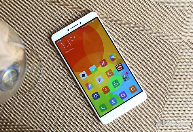 Xiaomi Mi Max chỉ 4,100,000 tại MSmobile 54 Trần Đăng Ninh