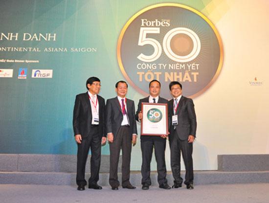 FPT là công ty công nghệ duy nhất trong Top 50 của Forbes