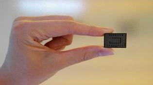 Samsung hé lộ mẫu SSD siêu nhanh, nhỏ bằng thẻ MicroSD