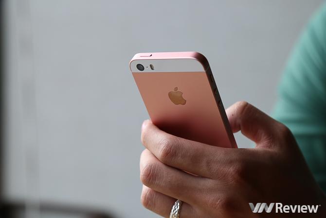 iPhone SE mất hút trên bản đồ smartphone Việt Nam
