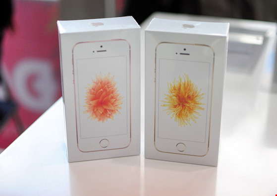 Vài cách phát hiện iPhone SE giả