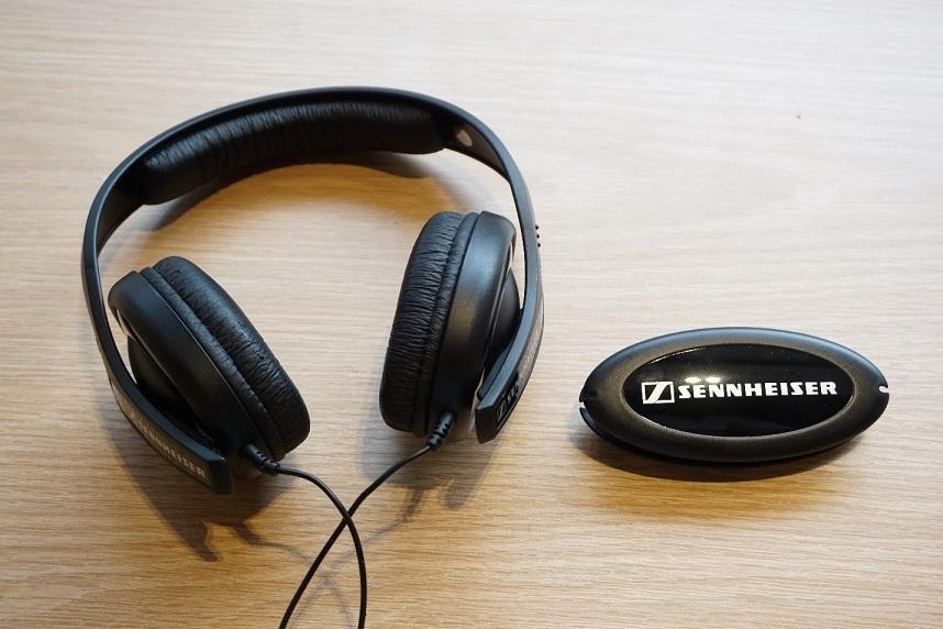 Tai nghe Sennheiser HD 202 II dành cho người bắt đầu chơi âm thanh