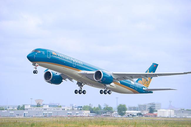 Máy bay tại Nội Bài liên tục bị chiếu laser, uy hiếp an ninh hàng không