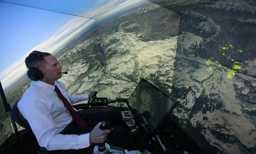 Đại tá Lee chiến đấu với hệ thống trí thông minh nhân tạo ALPHA. Ảnh: Phys.org.