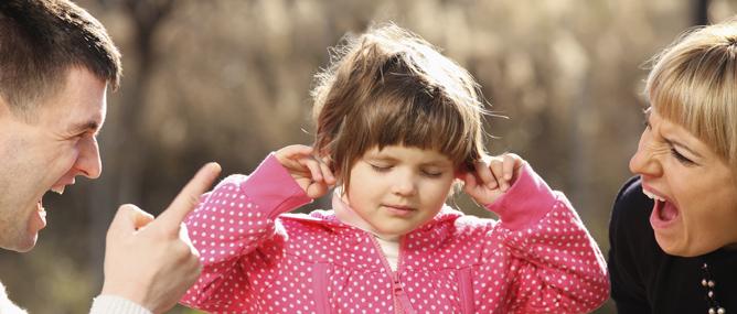 Nghiên cứu: Cha mẹ nghiêm khắc con lớn lên khó hạnh phúc