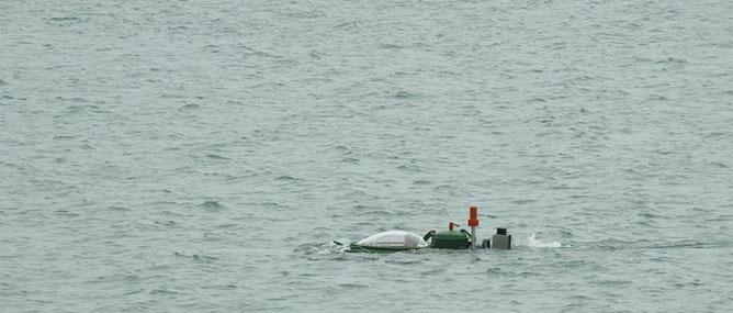 Tàu ngầm tự chế Hoàng Sa đã lặn sâu 10m dưới biển