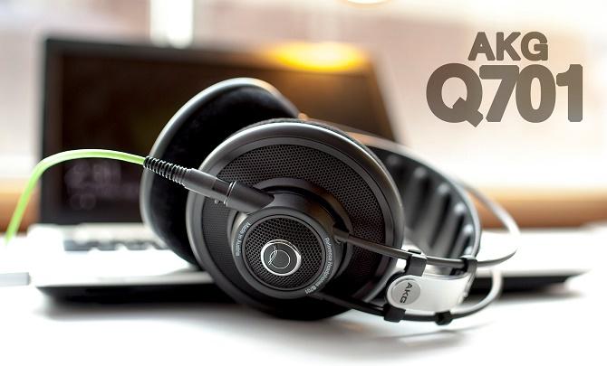 Không chỉ là một trang web mang các sản phẩm audiophile tên tuổi ở mức giá dễ chịu hơn giá thông thường tới người dùng, Massdrop còn trực tiếp làm việc với các hãng sản xuất để tạo ra các mẫu tai nghe, amp/DAC độc quyền. Và tất cả chúng đều tuyệt vời.