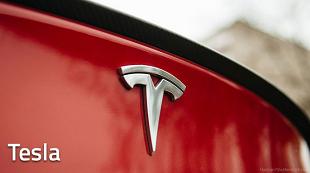 Tesla: Sử dụng chế độ tự lái Autopilot sẽ rất an toàn